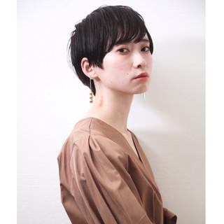 デート オフィス モード 黒髪ショート ヘアスタイルや髪型の写真・画像