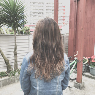 ガーリー アウトドア ロング デート ヘアスタイルや髪型の写真・画像 ヘアスタイルや髪型の写真・画像