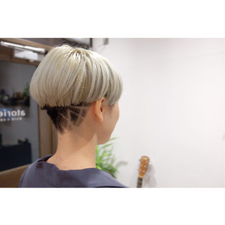ショート 刈り上げ 小顔 ガーリー ヘアスタイルや髪型の写真・画像