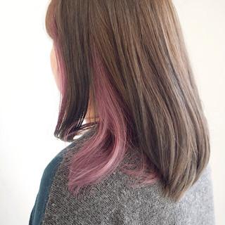 インナーカラー ナチュラル グレージュ ミルクティーベージュ ヘアスタイルや髪型の写真・画像