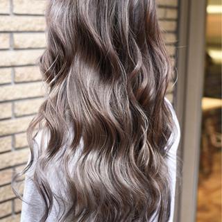 ガーリー ダブルカラー ロング 外国人風カラー ヘアスタイルや髪型の写真・画像