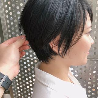 ひし形シルエット ショートボブ ナチュラル ショート ヘアスタイルや髪型の写真・画像