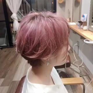 ベリーピンク ラベンダーピンク ストリート ショート ヘアスタイルや髪型の写真・画像