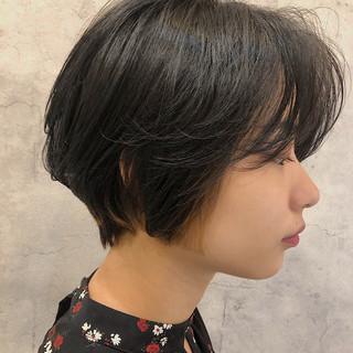 ショートヘア ナチュラル ショート 似合わせカット ヘアスタイルや髪型の写真・画像