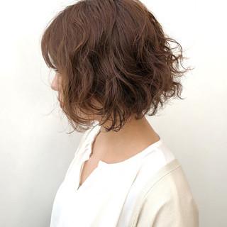 ナチュラル 無造作パーマ  デート ヘアスタイルや髪型の写真・画像
