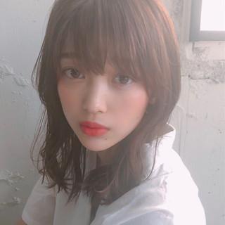 アンニュイほつれヘア シースルーバング 大人かわいい ミディアム ヘアスタイルや髪型の写真・画像
