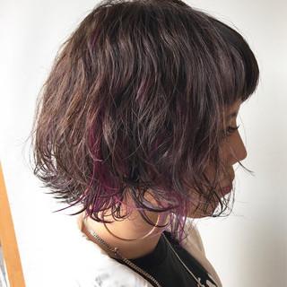 フェミニン ハイライト インナーカラー ピンク ヘアスタイルや髪型の写真・画像
