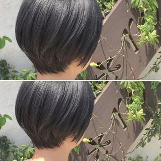 ラフ ショートボブ 黒髪 オフィス ヘアスタイルや髪型の写真・画像