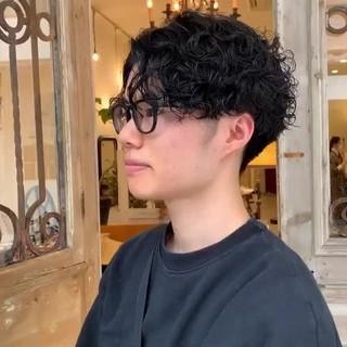 メンズマッシュ メンズパーマ ショート メンズ ヘアスタイルや髪型の写真・画像