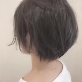 シースルーバング ショート 耳掛けショート 小顔ショート ヘアスタイルや髪型の写真・画像
