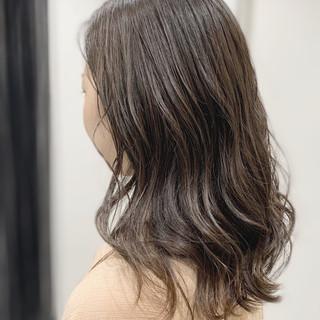 セミロング ブランジュ 大人かわいい ナチュラル ヘアスタイルや髪型の写真・画像