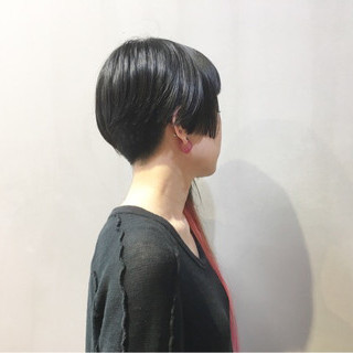 レッドカラー チェリーレッド 黒髪 ストリート ヘアスタイルや髪型の写真・画像