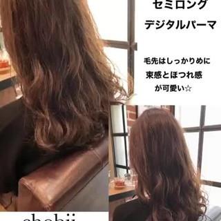 ナチュラル 小顔ヘア シアー ゆるふわパーマ ヘアスタイルや髪型の写真・画像