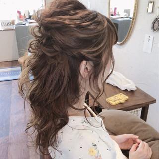 フェミニン ヘアアレンジ ロング 大人かわいい ヘアスタイルや髪型の写真・画像