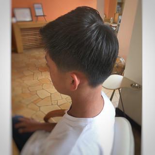 ボーイッシュ 刈り上げ ショート ナチュラル ヘアスタイルや髪型の写真・画像