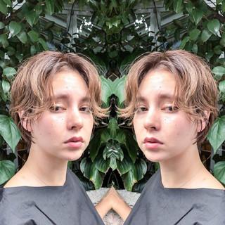 ショート かき上げ前髪 前髪あり フリンジバング ヘアスタイルや髪型の写真・画像