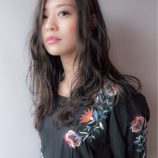 ロング エレガント 秋 透明感 ヘアスタイルや髪型の写真・画像