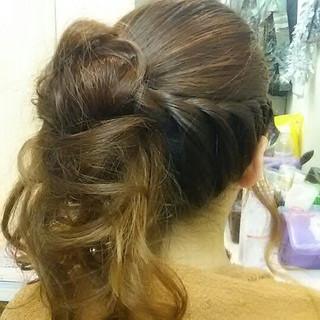 ポニーテール アップスタイル 編み込み ツイスト ヘアスタイルや髪型の写真・画像 ヘアスタイルや髪型の写真・画像