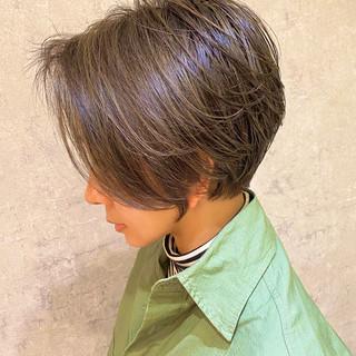 簡単スタイリング ナチュラル ショートボブ 大人ハイライト ヘアスタイルや髪型の写真・画像