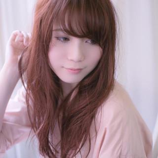 セミロング グラデーションカラー ベージュ ピンク ヘアスタイルや髪型の写真・画像