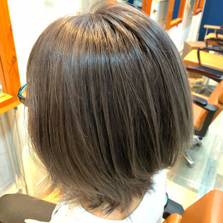 ラベンダーピンク デザインカラー ボブ ラベンダーアッシュ ヘアスタイルや髪型の写真・画像