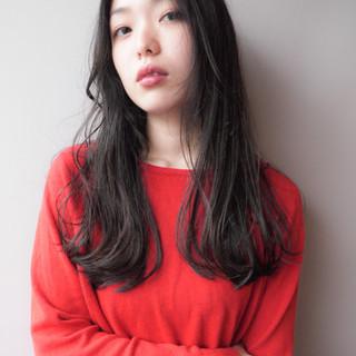 ウェットヘア エレガント 上品 透明感 ヘアスタイルや髪型の写真・画像