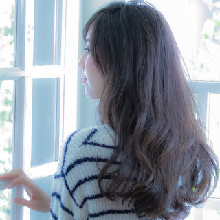 ロング 暗髪 大人女子 ゆるふわ ヘアスタイルや髪型の写真・画像