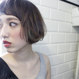 外国人風 大人女子 小顔 色気 ヘアスタイルや髪型の写真・画像