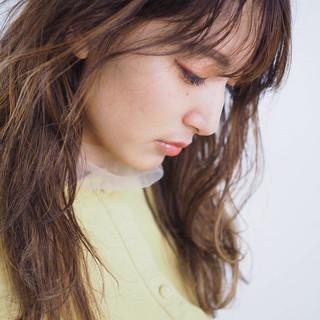 大人ハイライト ハイライト バレイヤージュ フェミニン ヘアスタイルや髪型の写真・画像