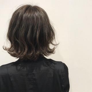 ボブ ヘアアレンジ エレガント 外国人風カラー ヘアスタイルや髪型の写真・画像 ヘアスタイルや髪型の写真・画像