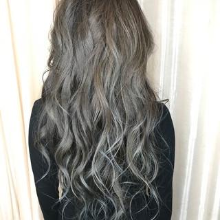 ブルーアッシュ ブルー ブルーグラデーション ブルージュ ヘアスタイルや髪型の写真・画像