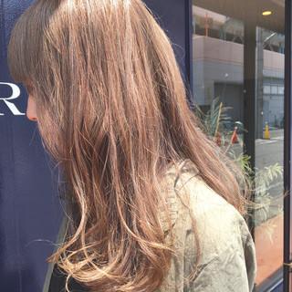 ストリート ハイライト イルミナカラー 外国人風カラー ヘアスタイルや髪型の写真・画像