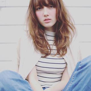 フェミニン パーマ 外国人風 ストリート ヘアスタイルや髪型の写真・画像