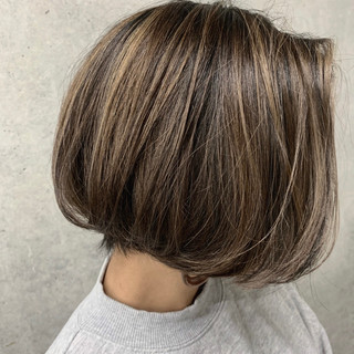 極細ハイライト ショートヘア ショートボブ ボブ ヘアスタイルや髪型の写真・画像