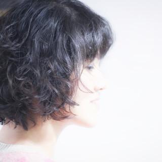ゆるふわパーマ 無造作パーマ ナチュラル パーマ ヘアスタイルや髪型の写真・画像