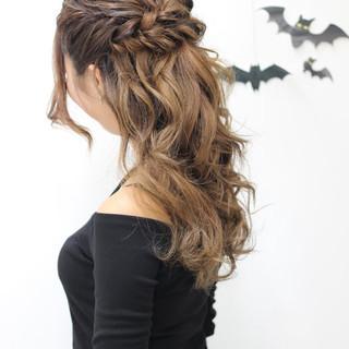 セミロング フェミニン 簡単ヘアアレンジ ハロウィン ヘアスタイルや髪型の写真・画像
