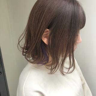 切りっぱなしボブ ショートボブ インナーカラー ショートヘア ヘアスタイルや髪型の写真・画像
