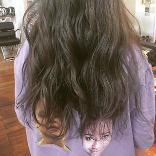 ブルーアッシュ ストリート アッシュグレージュ ロング ヘアスタイルや髪型の写真・画像
