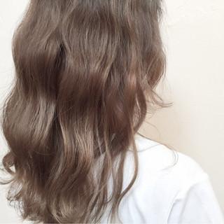 ハイライト 外国人風 ゆるふわ ミディアム ヘアスタイルや髪型の写真・画像