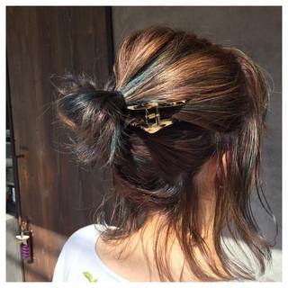 ローライト 簡単ヘアアレンジ ヘアアレンジ ナチュラル ヘアスタイルや髪型の写真・画像