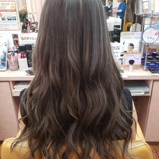 ロング ハイライト エレガント ハイトーンカラー ヘアスタイルや髪型の写真・画像