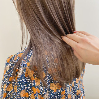 透け感ヘア 極細ハイライト ナチュラル 透明感カラー ヘアスタイルや髪型の写真・画像
