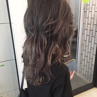 透明感 アッシュ 秋 ハイライト ヘアスタイルや髪型の写真・画像