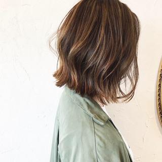 ブリーチ ボブ 大人ハイライト ハイライト ヘアスタイルや髪型の写真・画像