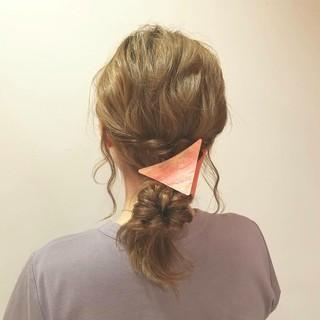 ショート くるりんぱ ミディアム 簡単ヘアアレンジ ヘアスタイルや髪型の写真・画像 ヘアスタイルや髪型の写真・画像