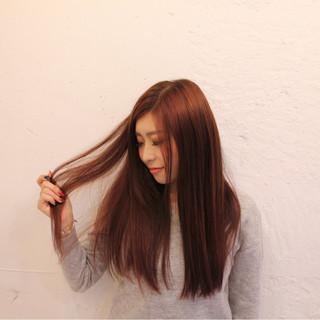 ナチュラル ピンク ロング ヘアマニュキュア ヘアスタイルや髪型の写真・画像