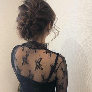 フェミニン ミディアム アップ 結婚式ヘアアレンジ ヘアスタイルや髪型の写真・画像 ヘアスタイルや髪型の写真・画像
