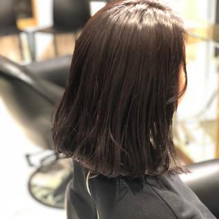 ミディアム グレージュ ロブ ワンレングス ヘアスタイルや髪型の写真・画像