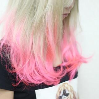 グラデーションカラー エクステ ミディアム ガーリー ヘアスタイルや髪型の写真・画像