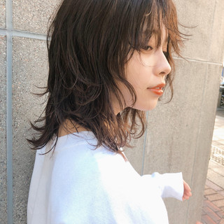 ストリート ウルフカット ウルフ ニュアンスウルフ ヘアスタイルや髪型の写真・画像